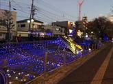 29年12月3駅のイルミネーション①.JPG